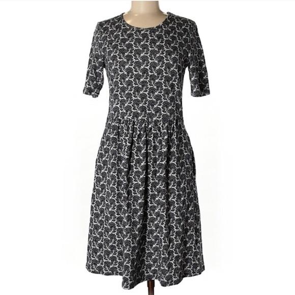 Boden Dresses & Skirts - Boden 6L Midi Dress